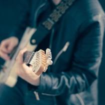 9eb3609e0837c3d7_640_music-guitar-electric